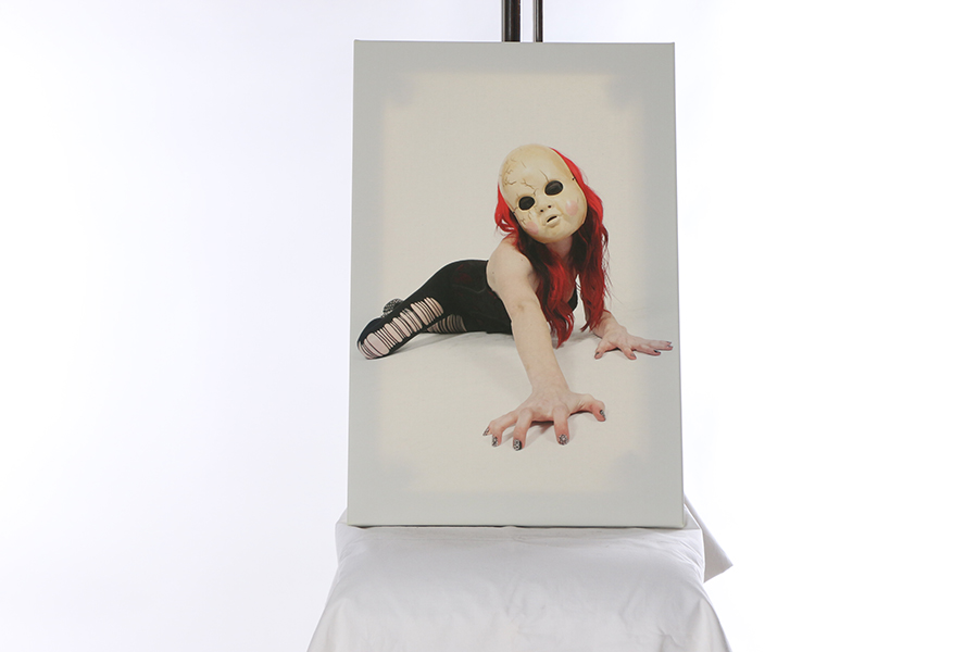 Canvas Print Doll Face Image