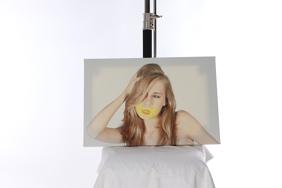 Canvas Print Taped Image