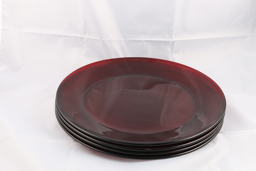 Large Opaque Red Plates Image