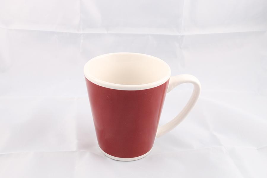 Red and White Coffee Mug Image