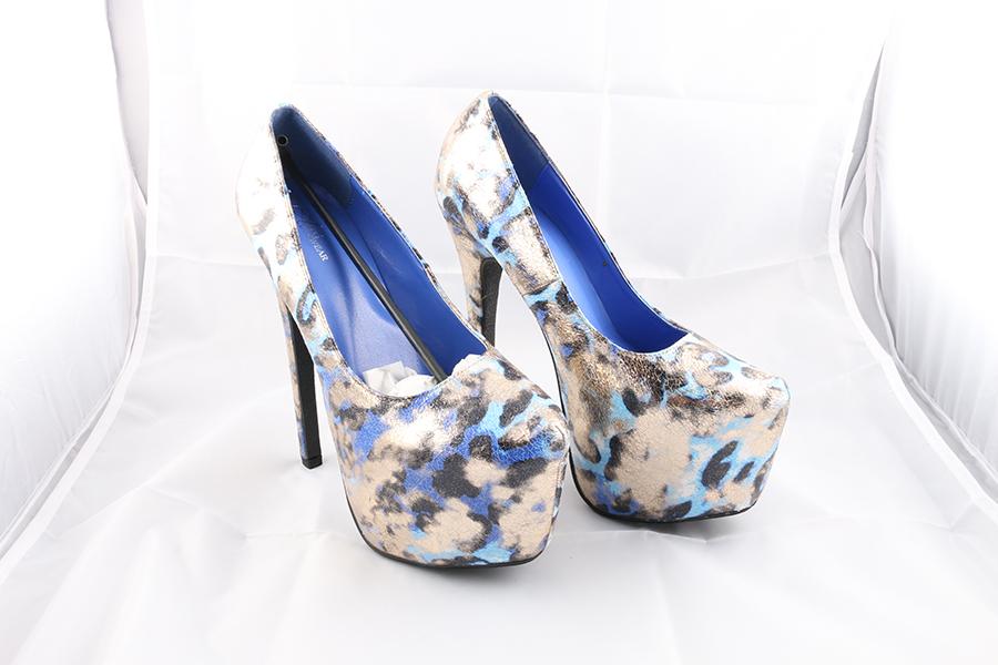 Blue Gold Heels Image