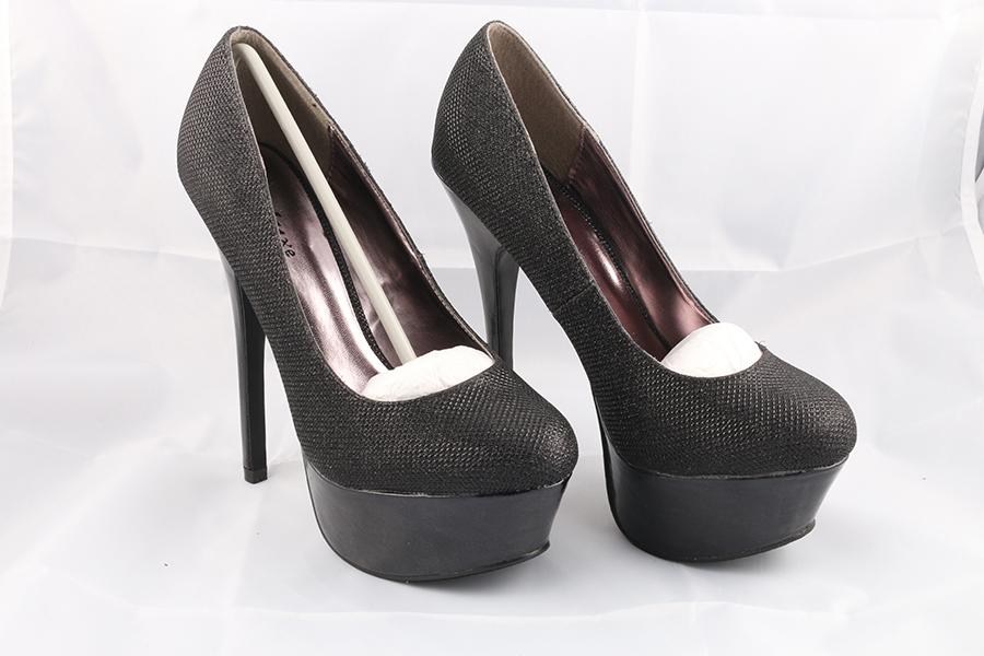 Basic Black Heels Image