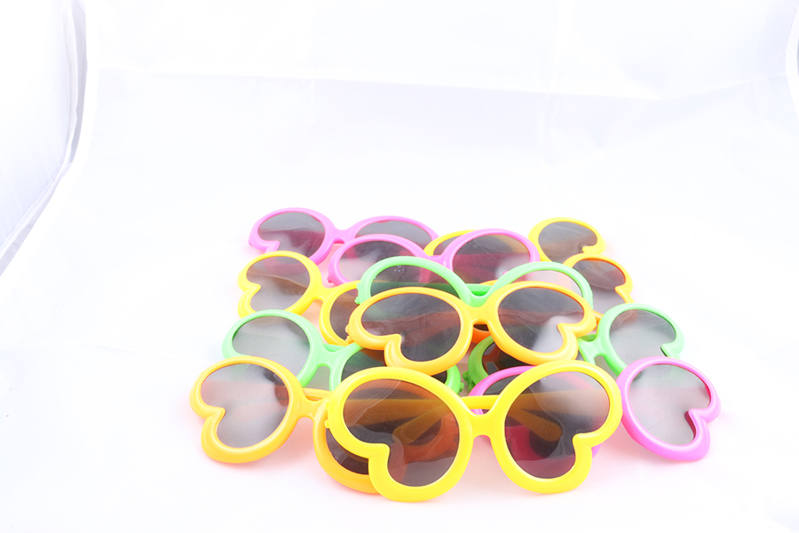 Kids Butterfly Sunglasses Image