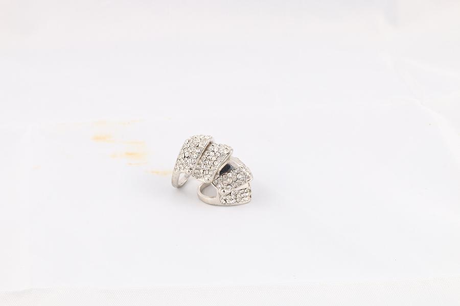Flexible Gemstone Ring Image