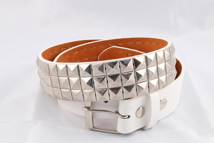 Unisex White Silver Pyramid Belt Image