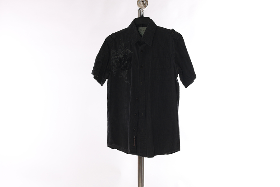 Black and Gray Roar Shirt Image