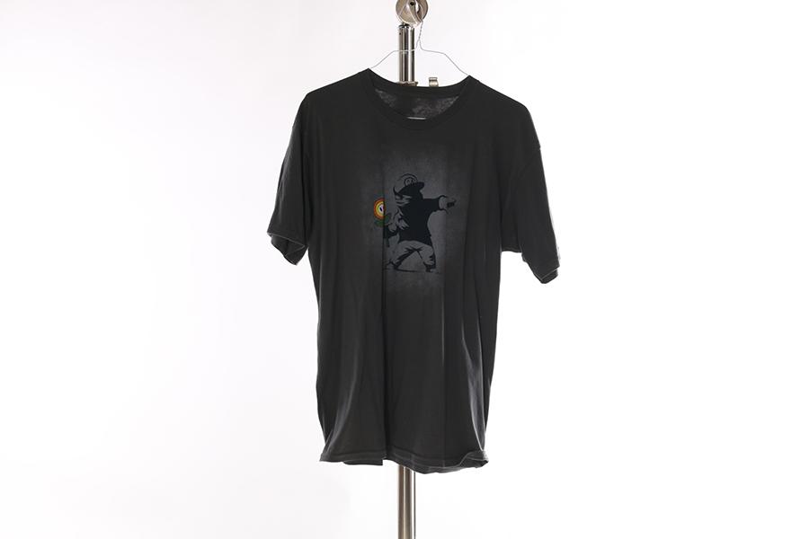 Gray Banksy Mario T-Shirt Image