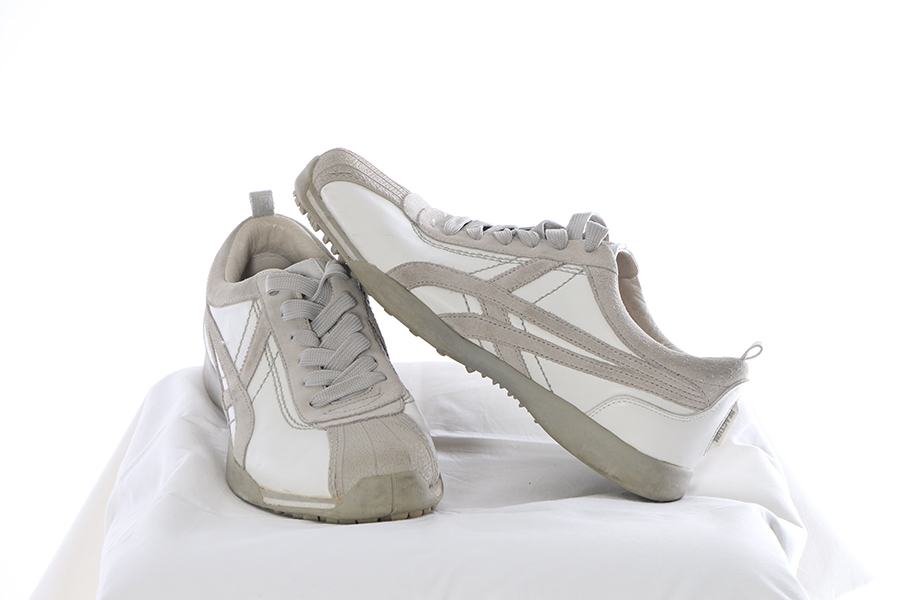 Kenneth Cole Reaction Shell Toe White and Gray Image