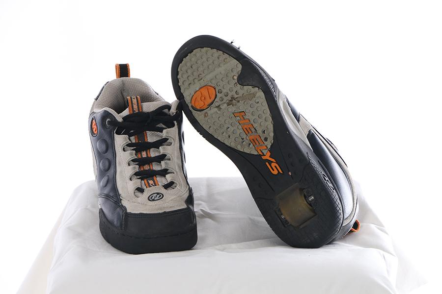 Black and Gray Heelys Image